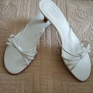 Chaps white leather kitten heel sandal